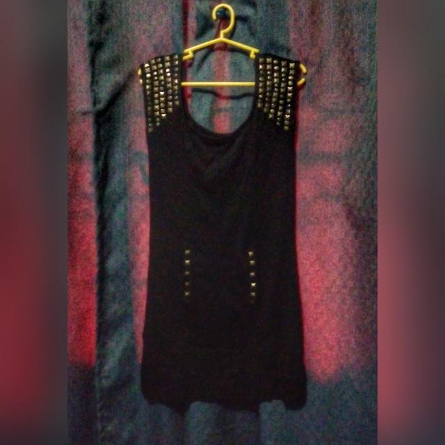 Little Black Dress (body con)