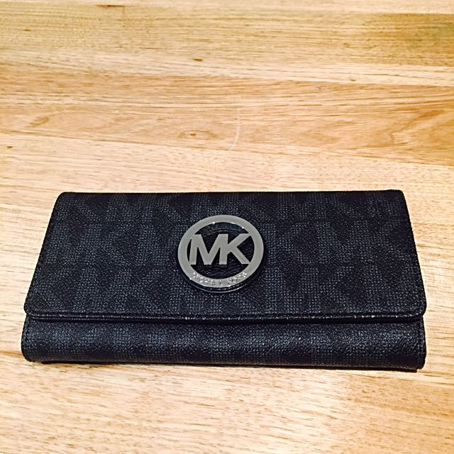 Michael Kors Fulton Flap Continental Wallet Signature MK Black