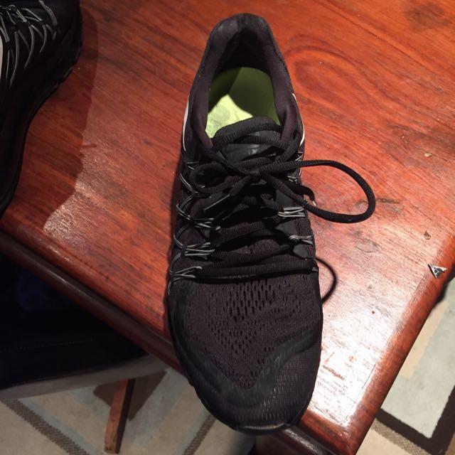 Nike airmax mens size 12 US