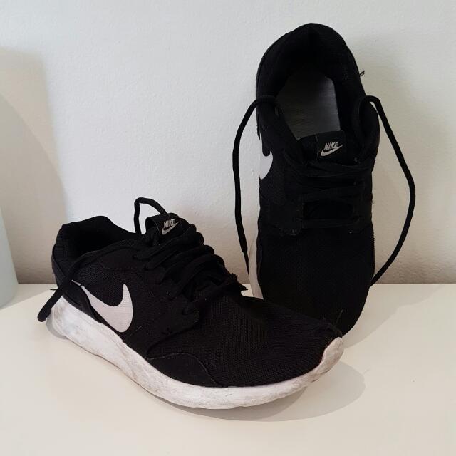 Nike Kaishi - Women's 6