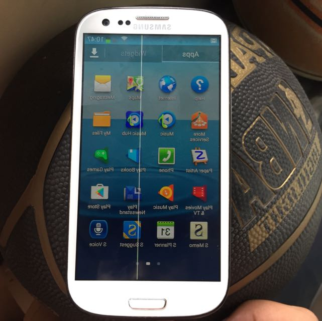 (repost/repriced) Samsung S3 i9300 and spoilt iphone 4s