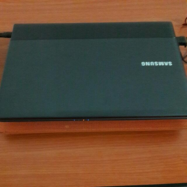 Samsung Laptop NP300E4C