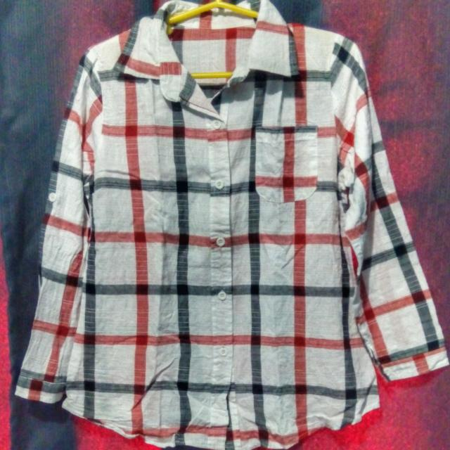 Reserved!! 😊 White Checkered Long Sleeves (button down)