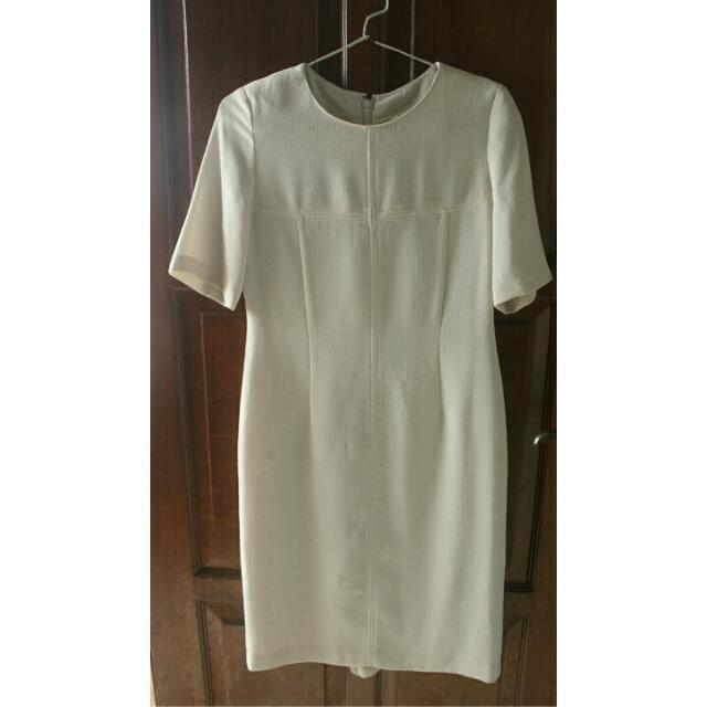 White Dress No Brand