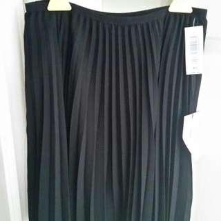 Aritzia Babaton Densely Skirt Xs