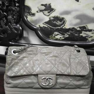 Hold. Chanel 牛皮30CM
