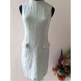 dress pearl green