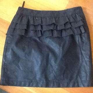 DOTTI Ladies Black Leather Look Skirt. Size 10