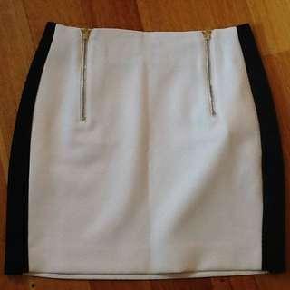 ASOS Cream/black Short Skirt. Size 6. NEW.