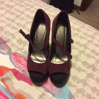 Sports girl Leather Suede Maroon And Black Wedges Size 6