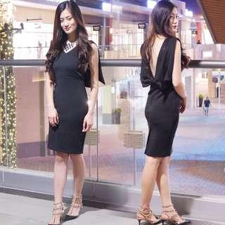 🚚 露背洋裝 短洋裝 黑色洋裝