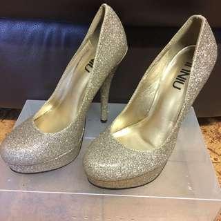 Brand New High heels Gold