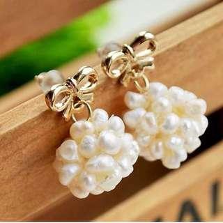 含運!!!立體珍珠蝴蝶結耳環