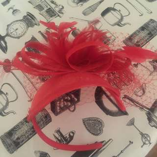 Red Fascinator - Perfect for Melbourne Cup!