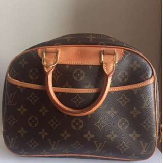Authentic Louis Vuitton Trouville Bag - Date Code : MI0036