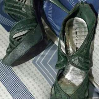 2nd Hand Authentic Gibi Sandals Size 6