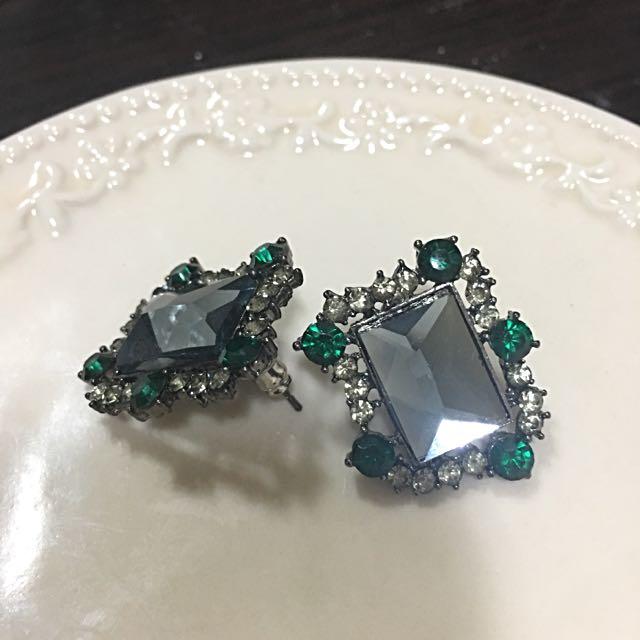 ✨全新✨白綠鑽相間高雅耳環