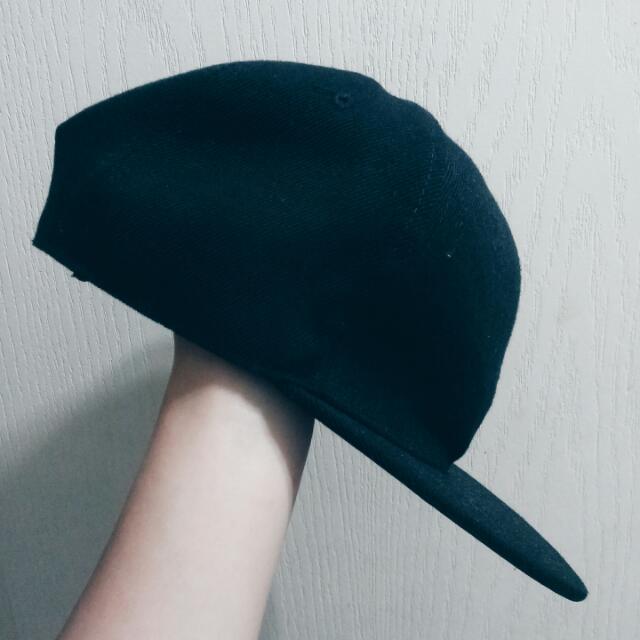 黑色素色棒球帽