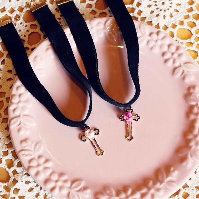 日系雜誌款Zipper原宿系個性可愛少女風浪漫手作金屬十字架玫瑰頸鍊 項鍊 黑