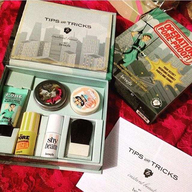 BENEFIT POREFESSIONAL COMPLEXION KIT