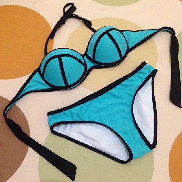 (New) Bikini Set Push Up Bold Line