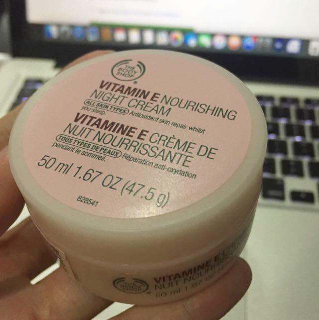 Body Shop - Vitamin E Nourishing Night Cream