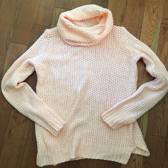 Forever 21 Knitted Pink Turtleneck Sweater (s)