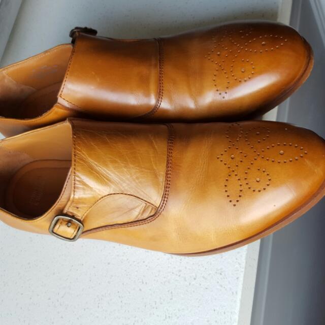 Johnston & Murphy Calf Skin Shoes