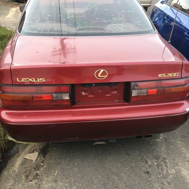 Lexus ES300 1993 Wrecking All Parts