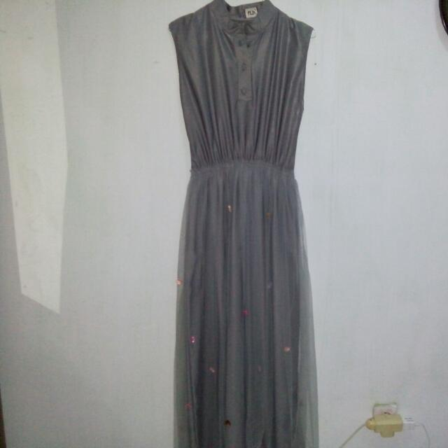 Longdress Abu Tile