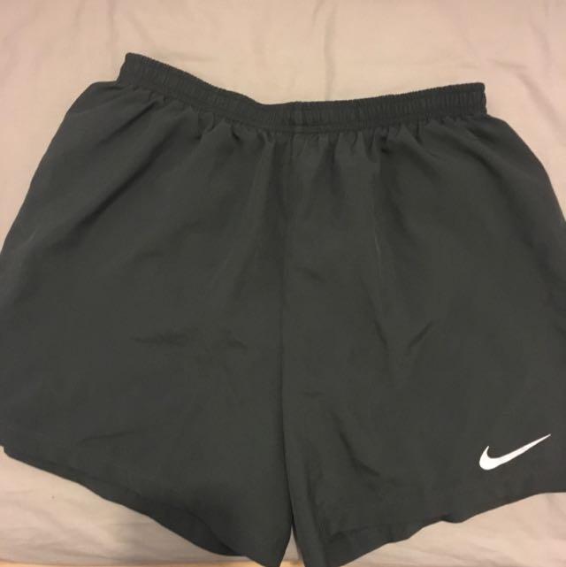 Nike shorts - M