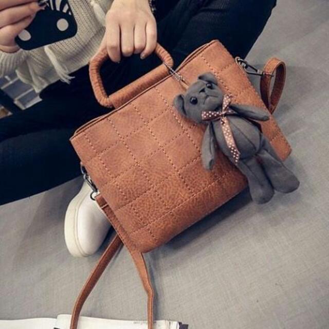 Sling Bag D655