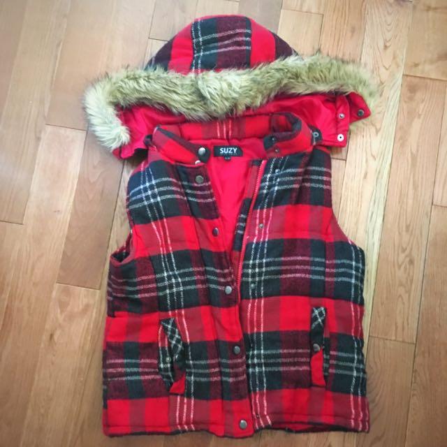 Suzy Shier Plaid Vest (faux Fur Hood) Size Xs .. Can Fit Up To A Medium