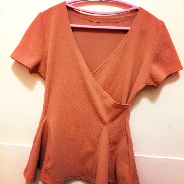 橘色v領洋裝