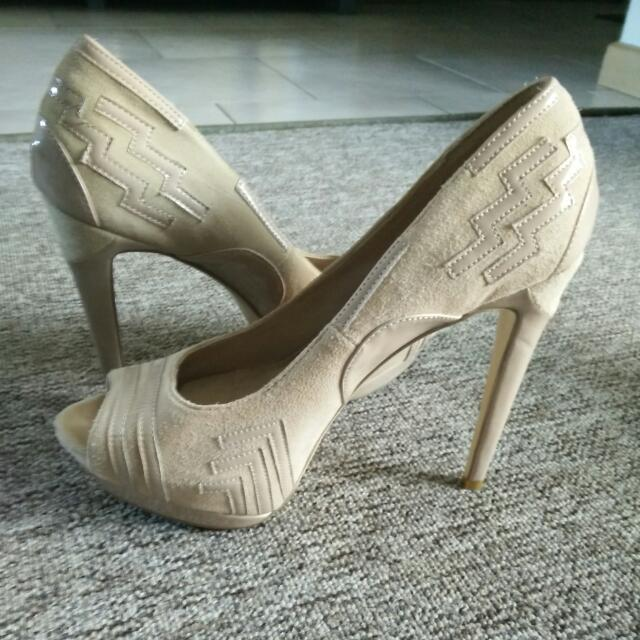 ZU Leather Nude Heels