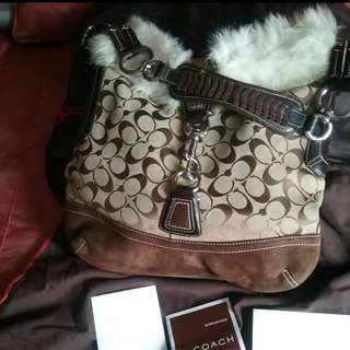 Coach Signature And Suede Shearling bag/purse