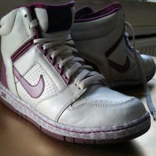 Air Force 2 - Size 8 1/2