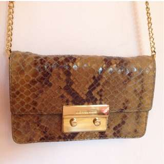 Small Michael Kors cross body bag with gold hardware