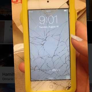 Cracked Ipod
