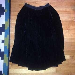 Velvet Knee Length Skirt (vintage)