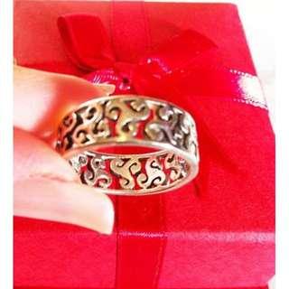 Silver Maori design Ring - size 7 used