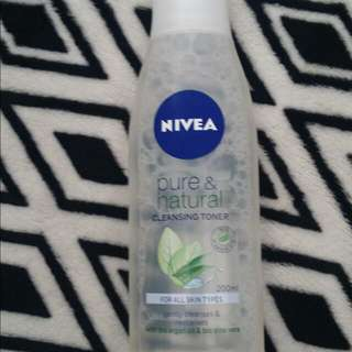 Nivea Pure & Natural Cleansing Toner 200ml