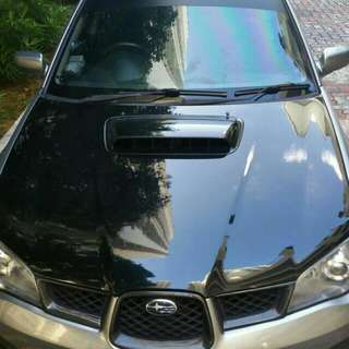 Subaru wrx Sti bonnet *light weight