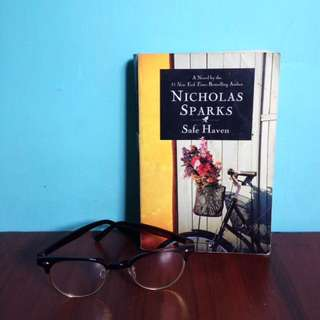 Nicholas Sparks - Safe Haven (English Novel)