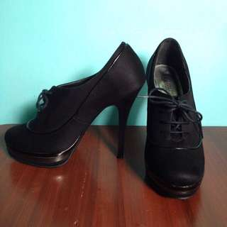 #JATUHHARGA New Look (Your Feet Look Gorgeous) Black Heels