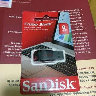 8GB Cruzer Blade Sandisk BNIB