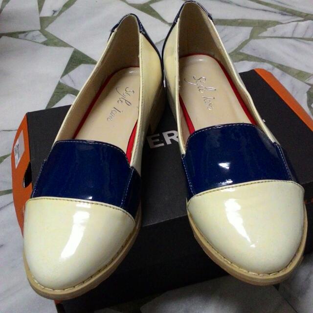藍白色拼接漆皮鞋(39號)