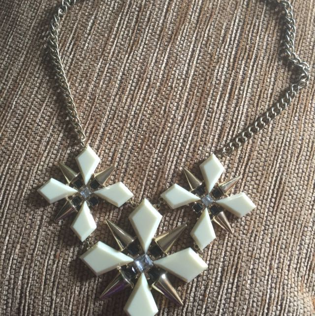 3 Layer Flower Necklace