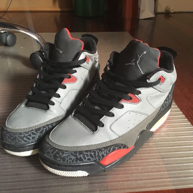 7d76fbfec50 AJ Retro 3 Son of Mars Low Edition, Men's Fashion, Footwear on Carousell