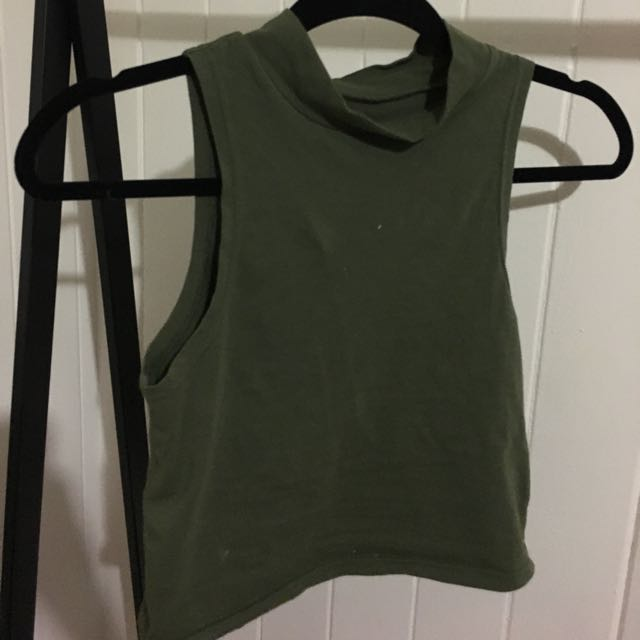 ALLY FASHION CAMO CROP